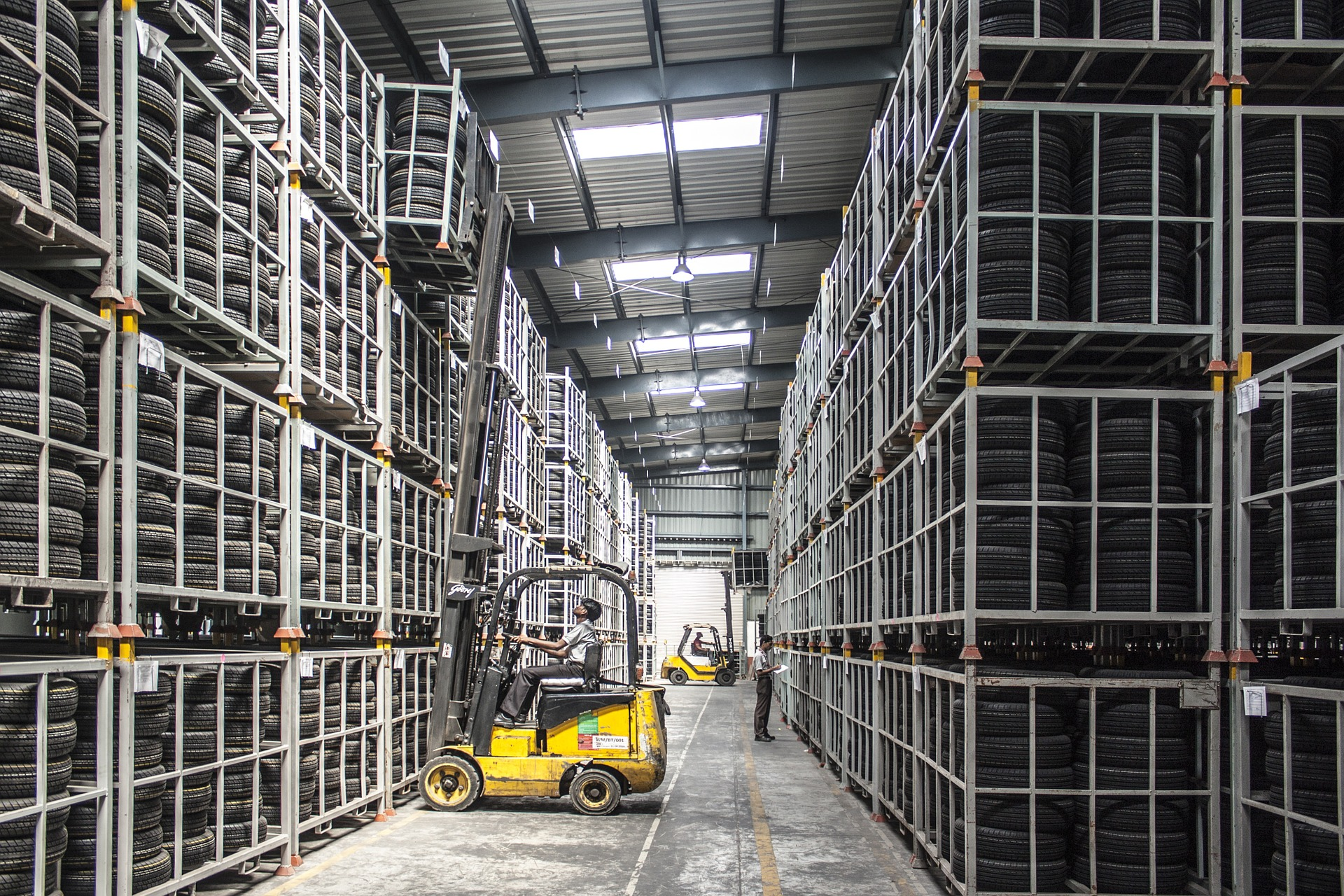 Comment climatiser un grand espace ou un entrepôt ?